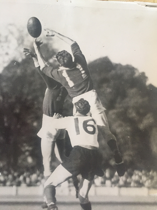 Flying Ilsley! One of many high-flying marks taken by George Isley for Bendigo against Ballarat, in a best-on-ground performance at Queen Elizabeth Oval in a representative match, 1956.